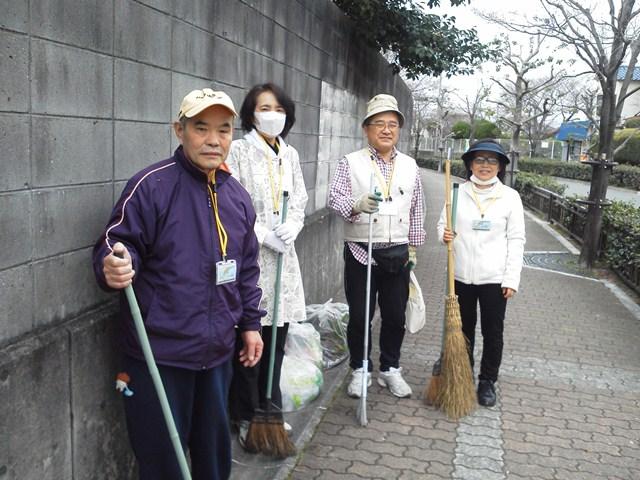 刀根山坂の清掃