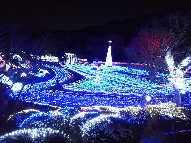 るり渓温泉(京都府南丹市)で開催中の「イルミエール」